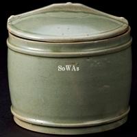 五代 越窯秘色釉蓋罐