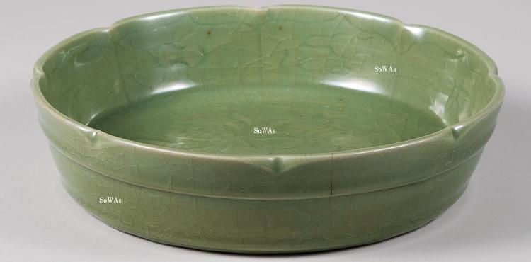 中国骨董品:龍泉窯の青磁
